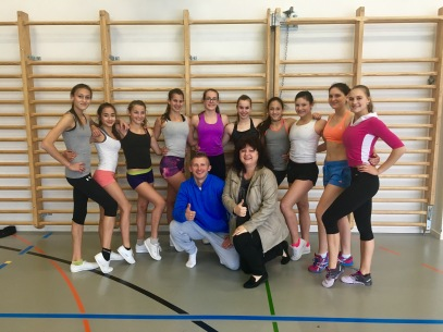 SAWIN full Team 2016 with their coaches Daniela Stukalin and Jan Pochobradsky